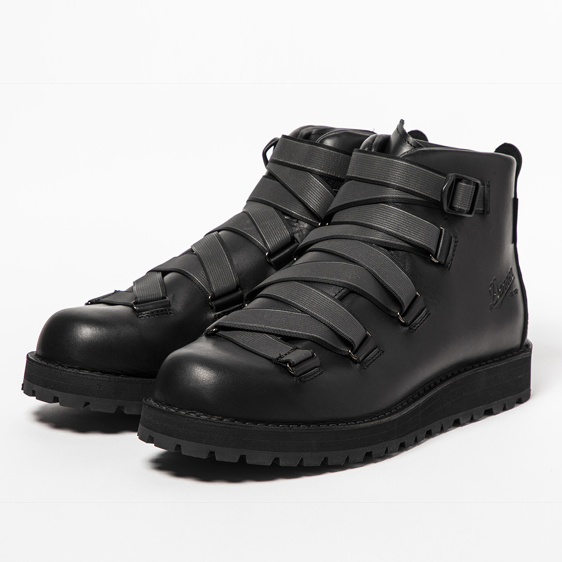 "Danner Mountain ""Harness"" Midnight/Reflect"