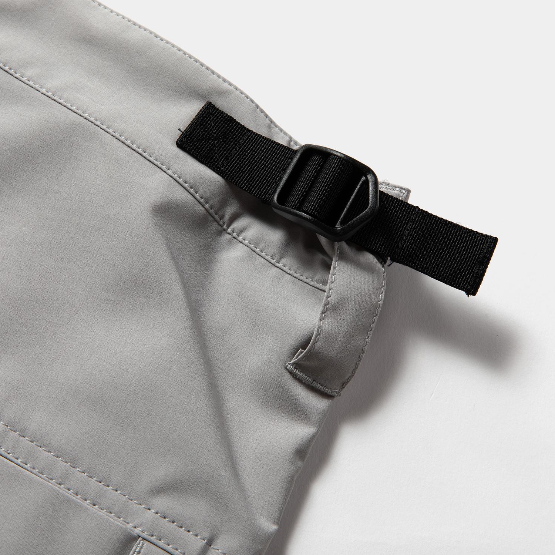 Luggage Cargo Shorts / Grey